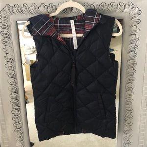 New Lululemon reversible hooded vest